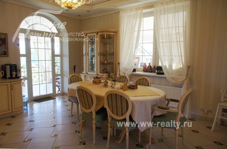кухни с выходом на террасу фото
